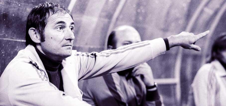 Если бы не алкоголь, стал бы лучшим тренером мира. Человек, сделавший Беккенбауэра - фото
