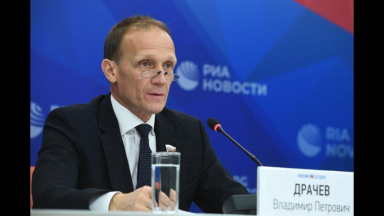 Владимир Драчев заявил, что Польховского еще не утвердили главным тренером сборной России - фото