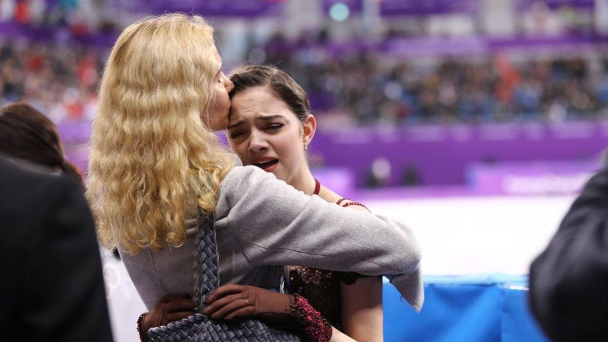 Елена Радионова заявила, что возвращение к Тутберидзе – вынужденная ситуация для Медведевой - фото