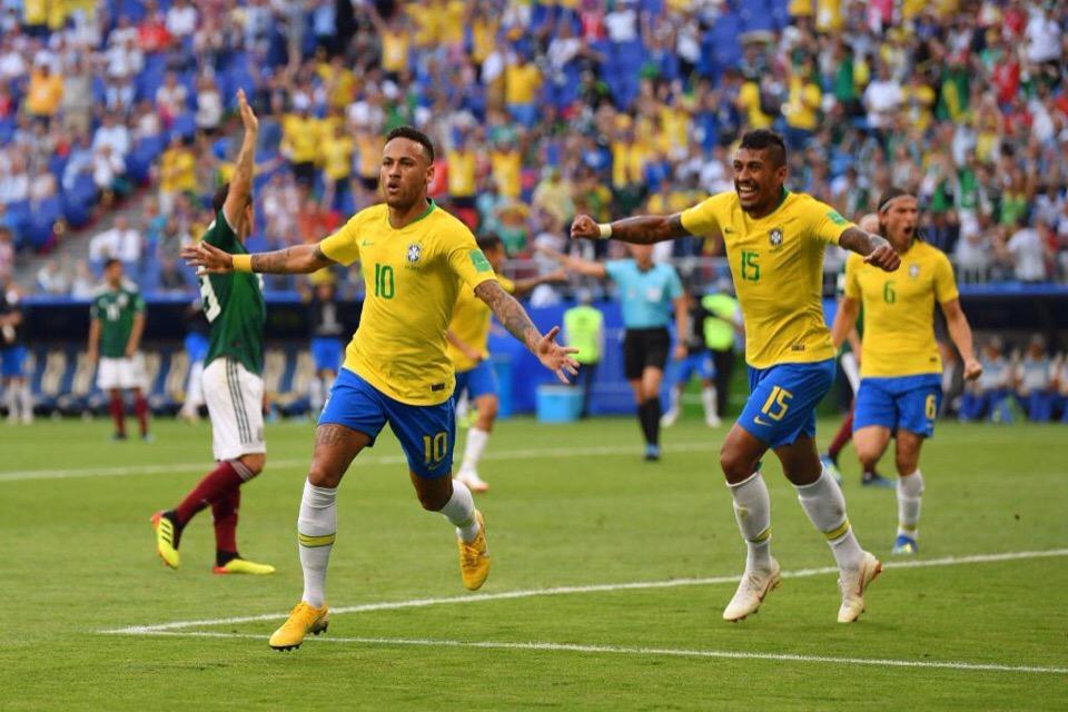Сборная Бразилии пробилась в четвертьфинал чемпионата мира - фото