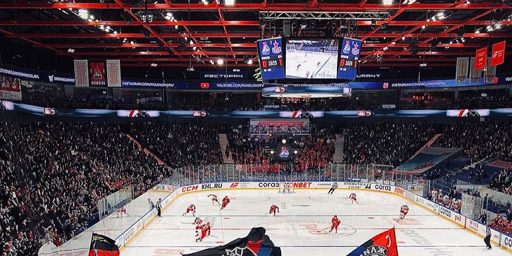 Судьи не удалили Дальбека при счете 1:1, ЦСКА вырвал у «Локомотива» победу в овертайме - фото