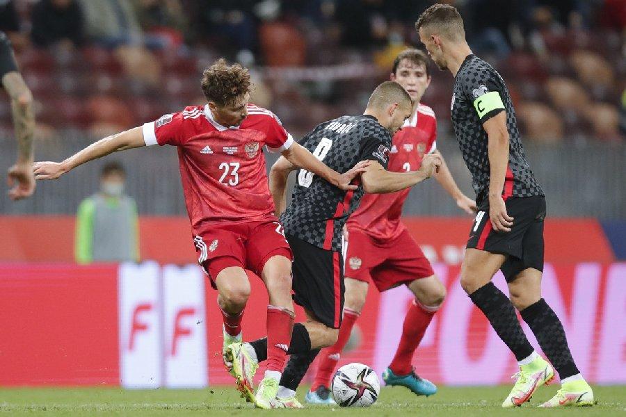 Газзаев рассказал, что нужно изменить в российском футболе  - фото