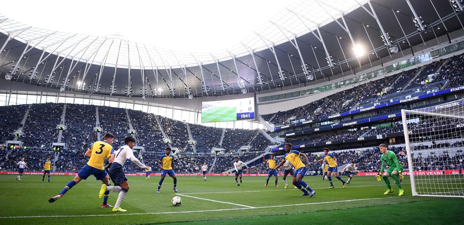 «Тоттенхэм» открыл новый стадион на 62 тысячи зрителей. Он потрясающий - фото