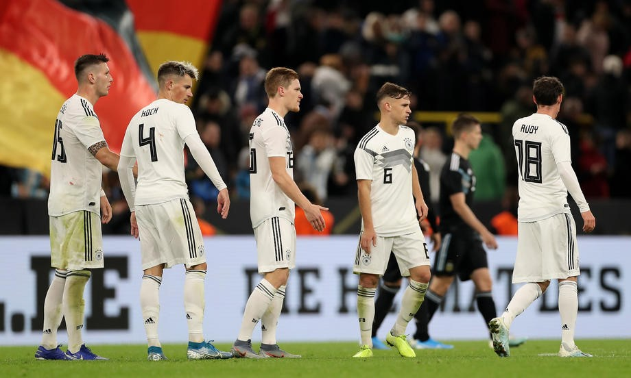 От Аргентины до Аргентины. Почему сборная Германии впервые сыграла без чемпионов мира - фото