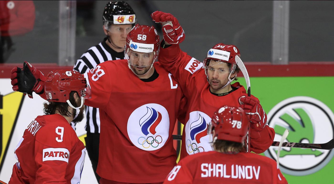 Русских хоккеистов заподозрили в организации пожара на ЧМ-2021 - фото