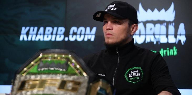 Нурмагомедов - младший стартовал с победы в UFC - фото