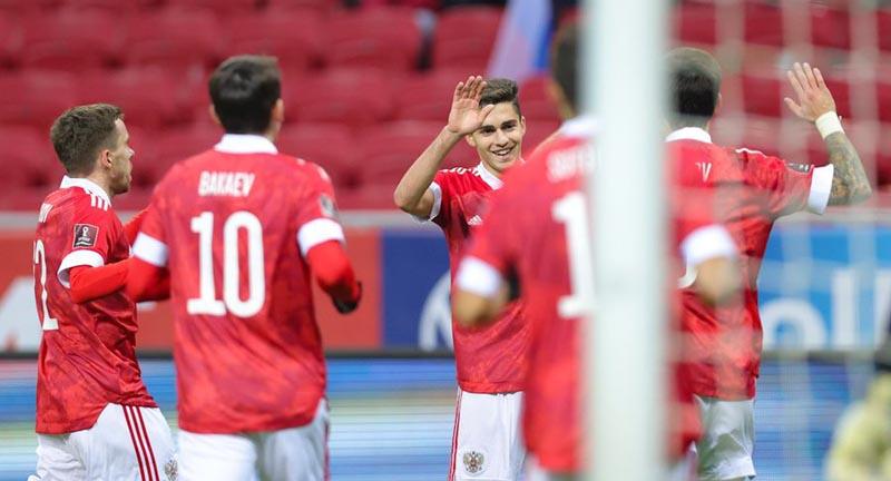 Автогол помог сборной России обыграть Словакию в квалификации ЧМ-2022 - фото