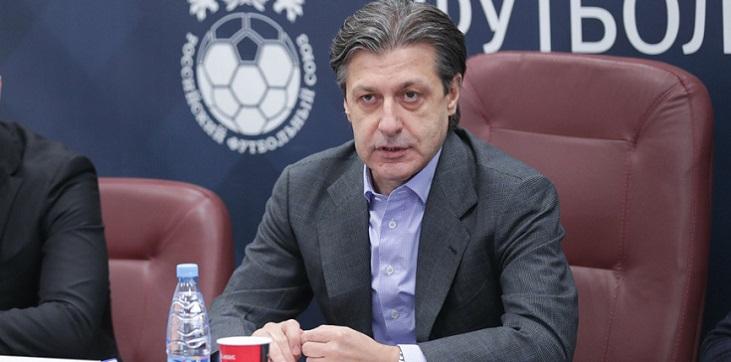 Хачатурянц ответил на претензии Иванова к правилам общения с судьями - фото